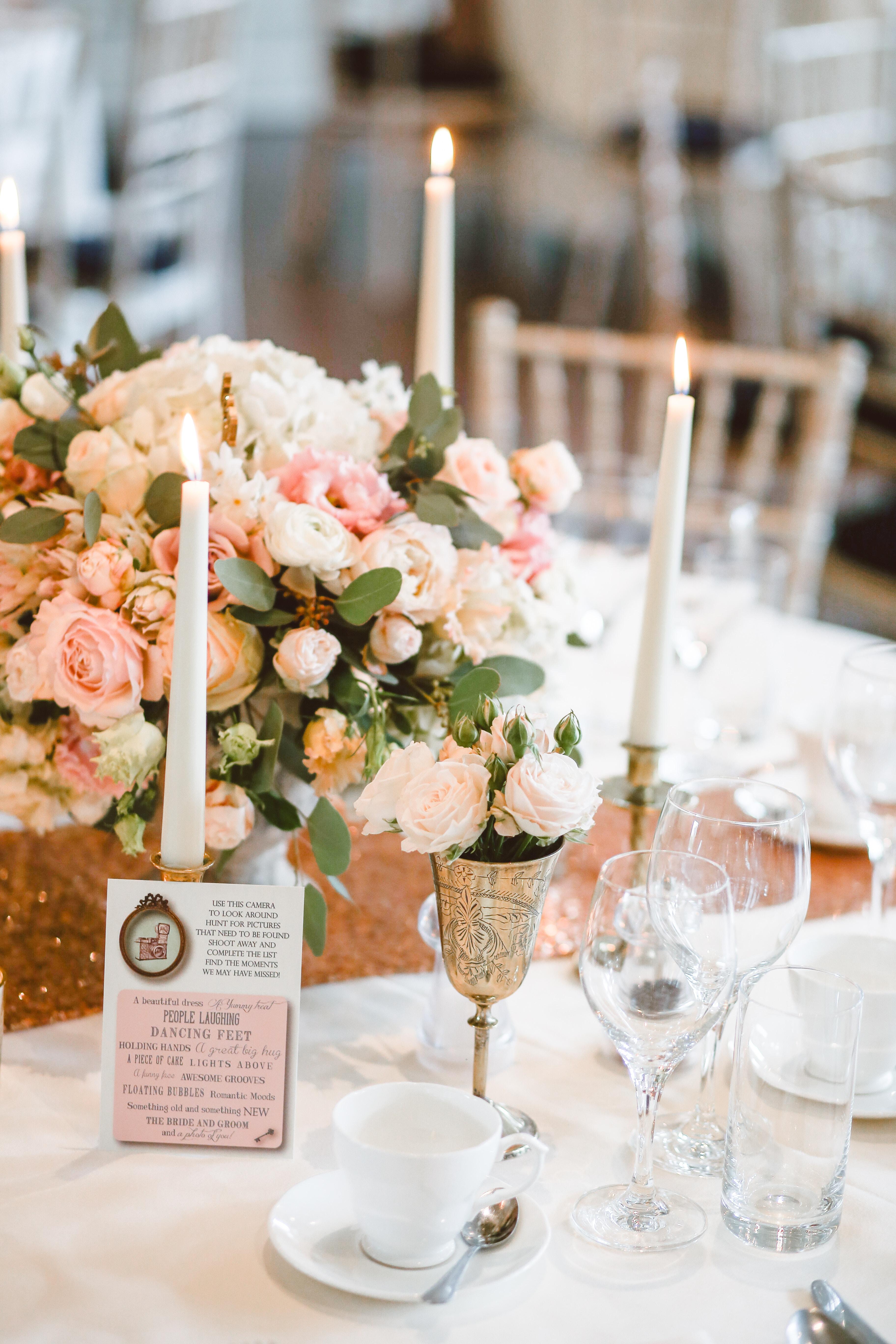 Die perfekte Tischdeko bekommt ihr von der Hochzeitsplanerin Berlin, Lisa Müller, von Time for Wedding Hochzeitsplanung.