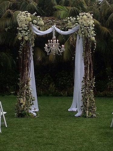 Vorbereitungen für die Freie Trauung, kann von einem Hochzeitsplaner übernommen werden!