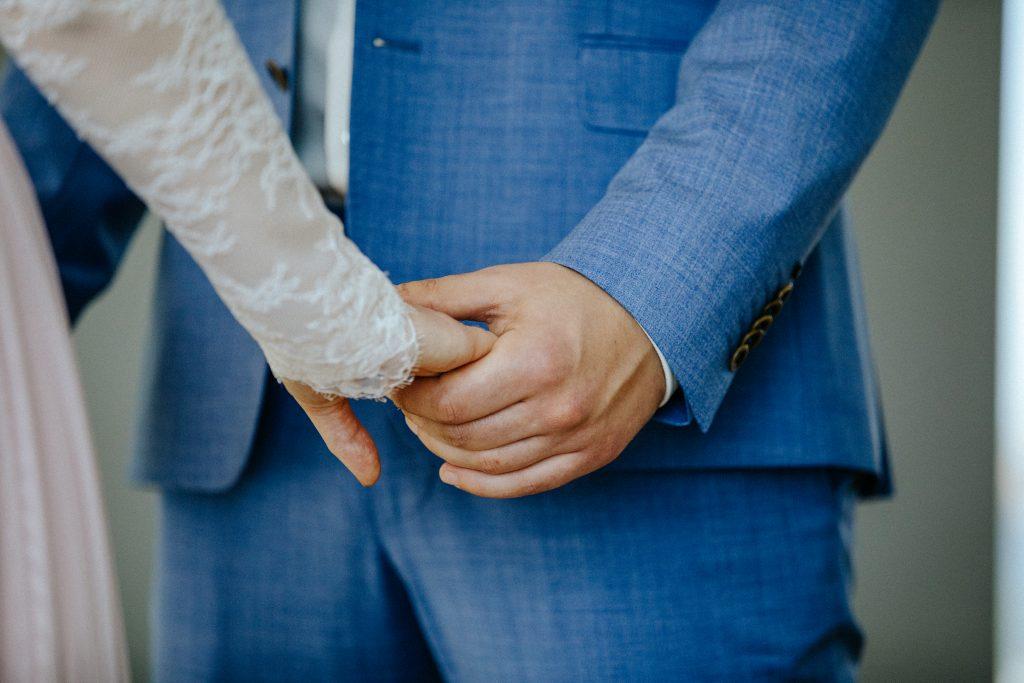 Trotz einer Freien Trauung muss man sich auch standesamtlich trauen lassen, damit die Ehe auch rechtskräftig ist!