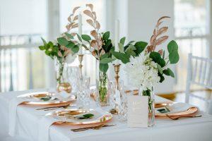 Diese Tisch-Deko für die Hochzeit von Linda&Max ist von der Hochzeitsplanerin Lisa Müller aus Berlin. Noch mehr Bilder findet ihr auf dem Hochzeitsblog von Time for Wedding.