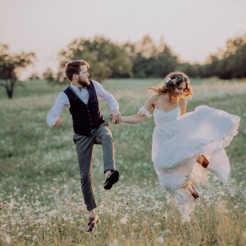 Nicht nur die Hochzeitsplanung sondern auch den Hochzeitstanz übernimmt Weddingplannerin Lisa von Time for Wedding Berlin für euch!